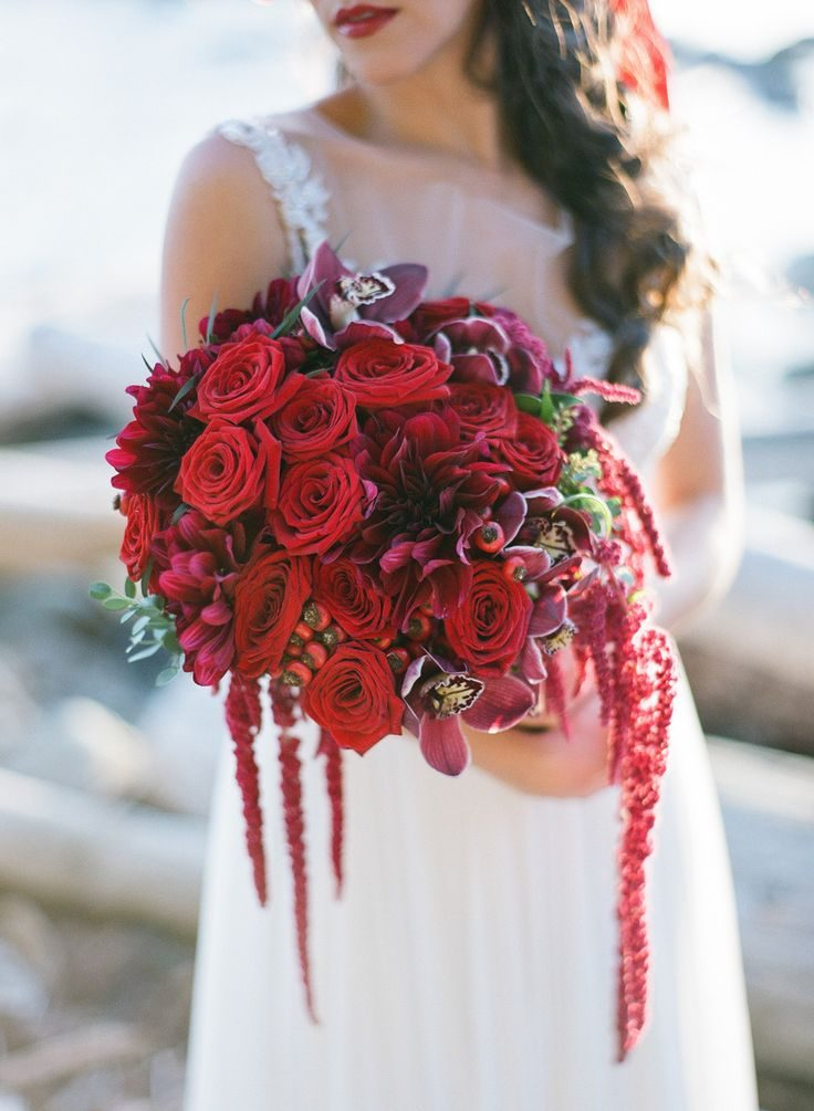 Featured: Rustic Red + Green Seaside